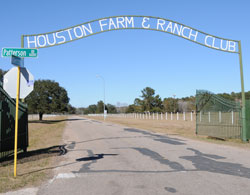 Driving Green at Houston Farm and Ranch Club